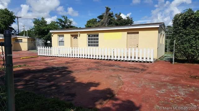 10125 SW 56th St, Miami, FL 33165 (MLS #A10859336) :: Carole Smith Real Estate Team