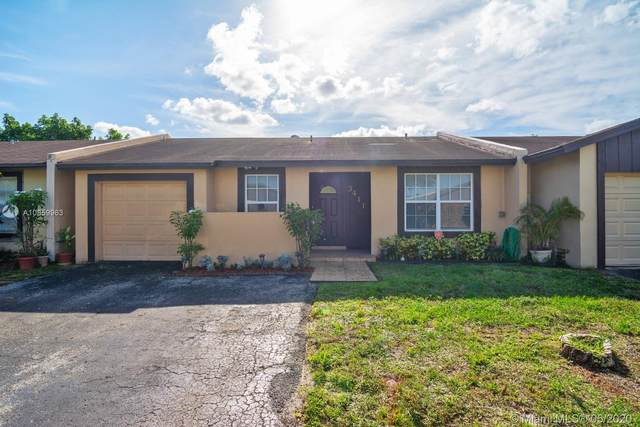 3411 W Meadows Cir, Miramar, FL 33025 (MLS #A10859963) :: The Riley Smith Group