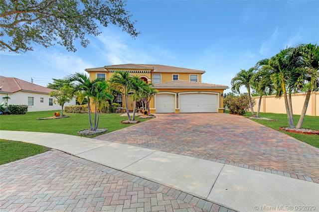 11401 Hibbs Grove Dr, Cooper City, FL 33330 (MLS #A10860438) :: The Teri Arbogast Team at Keller Williams Partners SW