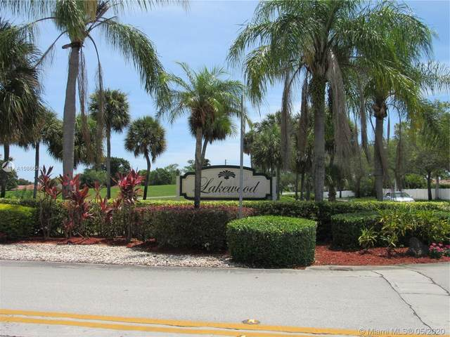 8602 NW 82nd St, Tamarac, FL 33321 (MLS #A10860521) :: Castelli Real Estate Services