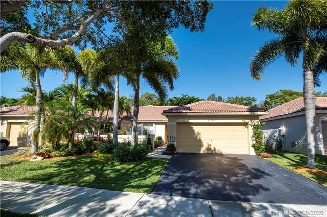 2075 Borealis Way, Weston, FL 33327 (#A10861165) :: Real Estate Authority