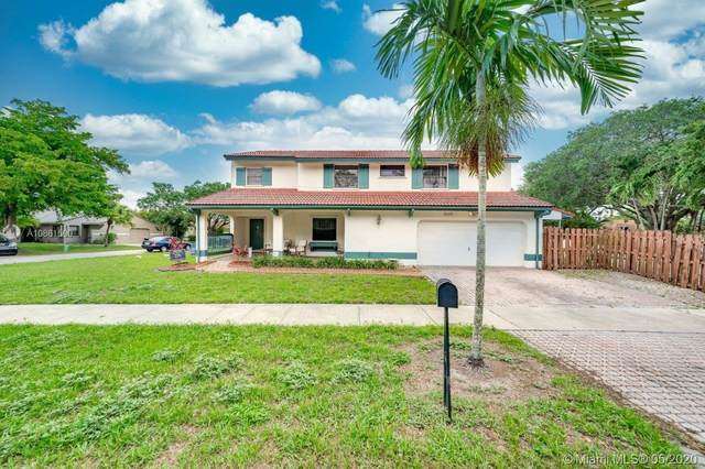 2585 S Bridge Rd, Cooper City, FL 33026 (MLS #A10861500) :: Green Realty Properties