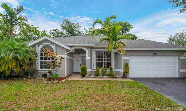 1184 SW 149th Ter, Sunrise, FL 33326 (MLS #A10861612) :: The Howland Group