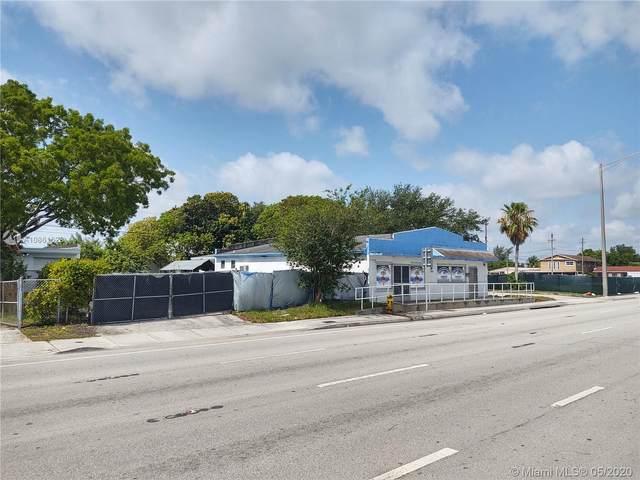 5622 Pembroke Rd, West Park, FL 33023 (MLS #A10861628) :: Carole Smith Real Estate Team