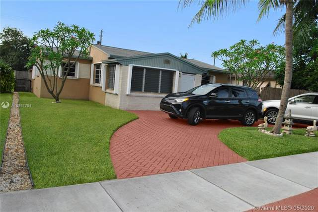 2415 Roosevelt Street, Hollywood, FL 33020 (MLS #A10861754) :: Lucido Global