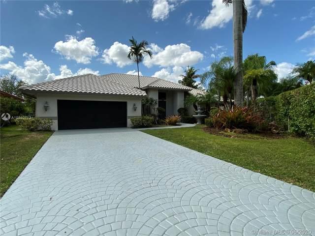 1091 Deerwood Ln, Weston, FL 33326 (MLS #A10862713) :: The Paiz Group