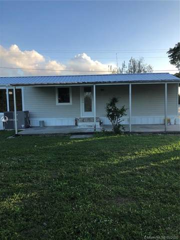 1690 Davidson, Clewiston, FL 33440 (MLS #A10862823) :: The Teri Arbogast Team at Keller Williams Partners SW