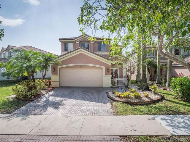 943 Golden Cane Dr, Weston, FL 33327 (#A10862929) :: Real Estate Authority