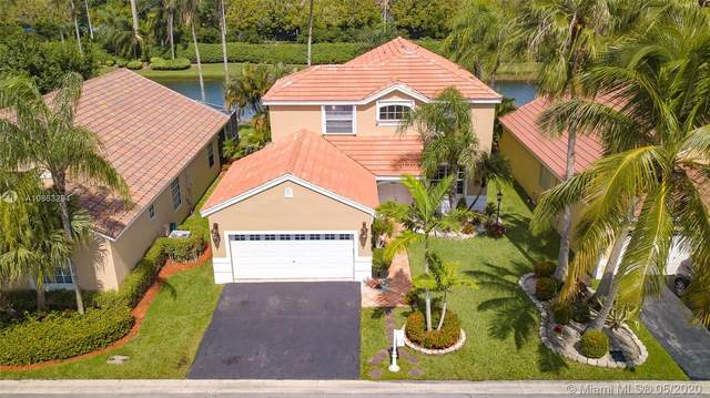 401 Bermuda Springs Dr, Weston, FL 33326 (#A10863294) :: Real Estate Authority