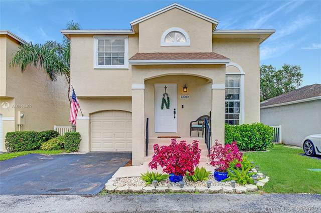 12010 NW 13th St, Pembroke Pines, FL 33026 (MLS #A10863402) :: Carole Smith Real Estate Team