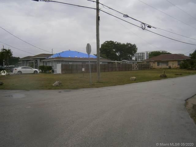 120 Ave. SW 217 Street, Goulds, FL 33170 (MLS #A10863821) :: The Teri Arbogast Team at Keller Williams Partners SW