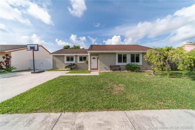12240 SW 207th Ter, Miami, FL 33177 (MLS #A10864372) :: The Rose Harris Group