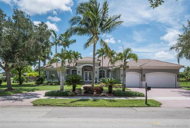 4152 SW 137th Ave, Davie, FL 33330 (MLS #A10864512) :: United Realty Group