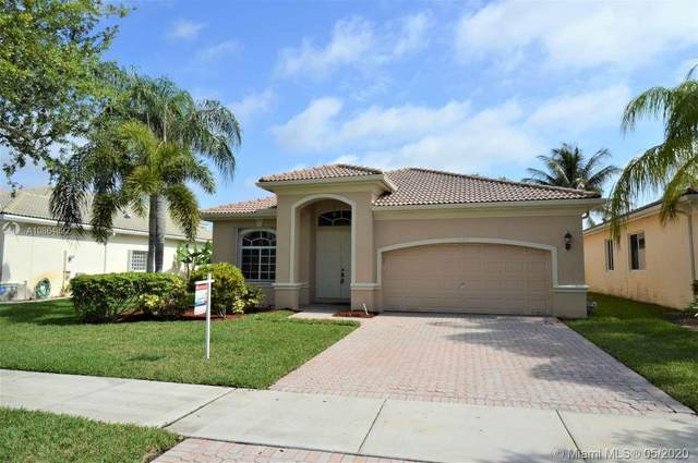 19345 SW 66th St, Pembroke Pines, FL 33332 (MLS #A10864892) :: The Teri Arbogast Team at Keller Williams Partners SW