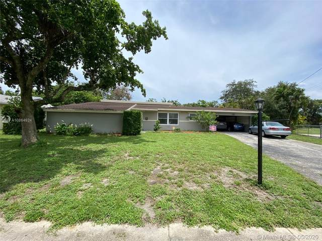 100 NW 46th Ter, Plantation, FL 33317 (MLS #A10864924) :: The Teri Arbogast Team at Keller Williams Partners SW