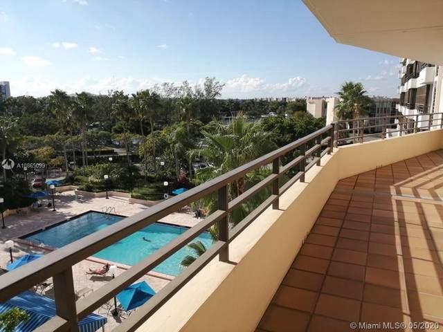 500 Three Islands Blvd #223, Hallandale Beach, FL 33009 (MLS #A10865099) :: Castelli Real Estate Services