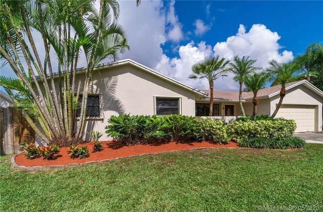 10424 SW 142nd Ct, Miami, FL 33186 (MLS #A10865334) :: The Jack Coden Group