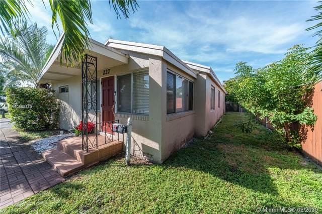 227 NE 19th Ave, Pompano Beach, FL 33060 (MLS #A10865480) :: RE/MAX