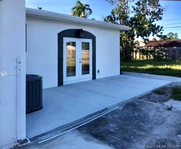 3603 NW 98th St, Miami, FL 33147 (MLS #A10865492) :: The Riley Smith Group
