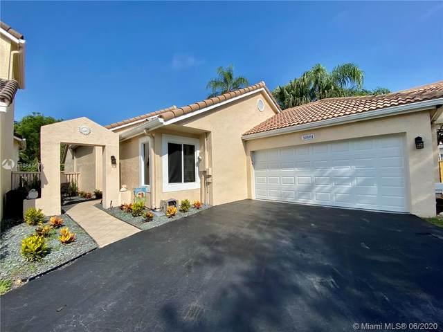 10181 NW 4th St, Plantation, FL 33324 (MLS #A10865575) :: Berkshire Hathaway HomeServices EWM Realty