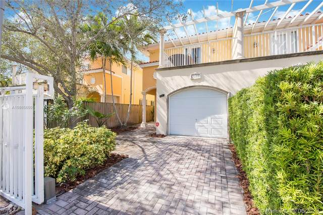 3184 New York St #3184, Miami, FL 33133 (MLS #A10865650) :: The Riley Smith Group