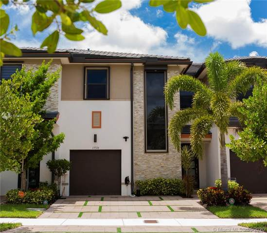 15576 NW 91st Ct, Miami Lakes, FL 33018 (MLS #A10865880) :: Lucido Global