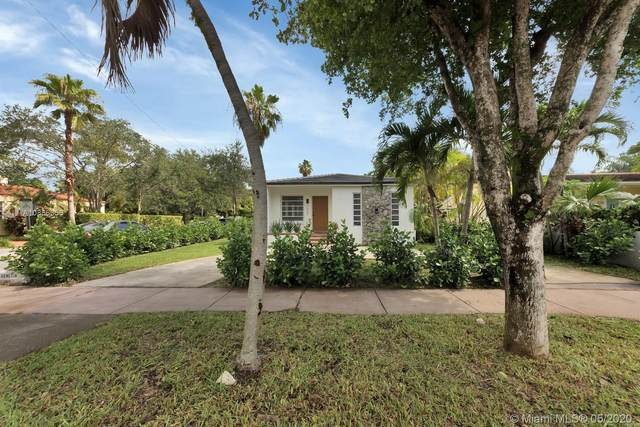 1309 Venetia Ave, Coral Gables, FL 33134 (MLS #A10866358) :: Lucido Global