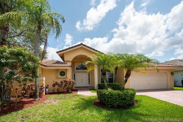 745 Bayside Ln, Weston, FL 33326 (#A10866674) :: Dalton Wade