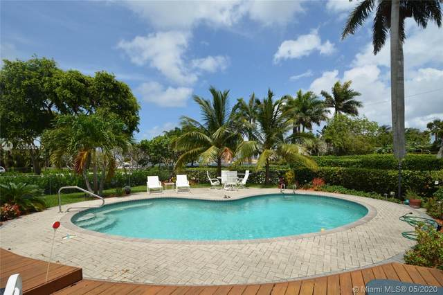 910 Jefferson St, Hollywood, FL 33019 (#A10866940) :: Real Estate Authority