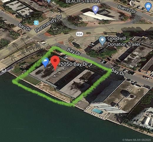 2050 Bay Dr, Miami Beach, FL 33141 (MLS #A10867107) :: The Teri Arbogast Team at Keller Williams Partners SW
