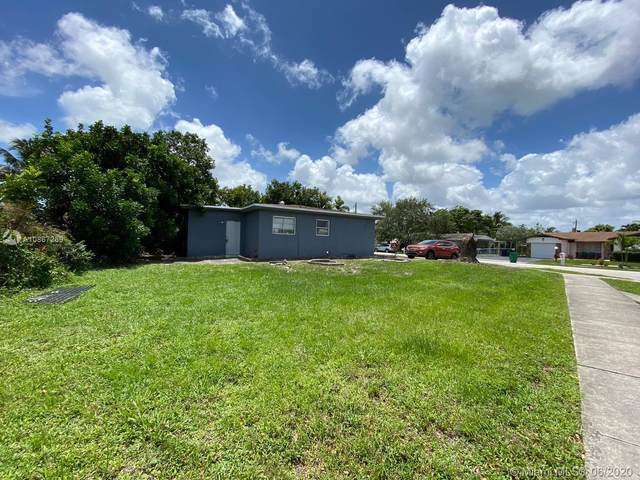 1870 SW 42nd Ter, Fort Lauderdale, FL 33317 (MLS #A10867269) :: THE BANNON GROUP at RE/MAX CONSULTANTS REALTY I