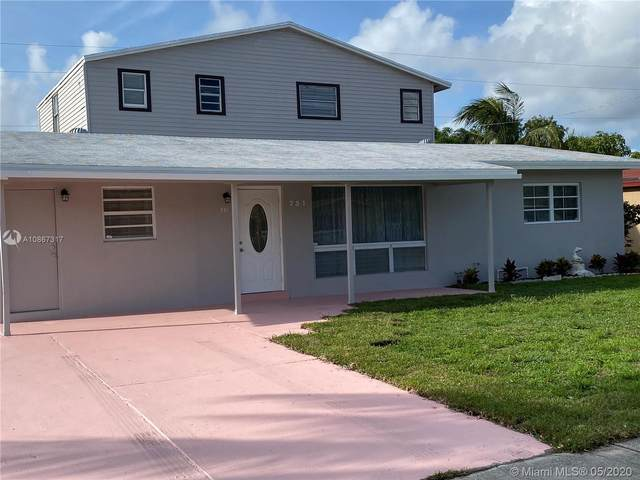 731 NE 45th Ct, Deerfield Beach, FL 33064 (MLS #A10867317) :: The Riley Smith Group