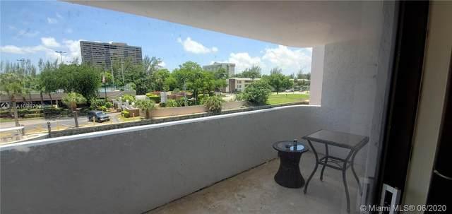 Miami, FL 33181 :: Real Estate Authority