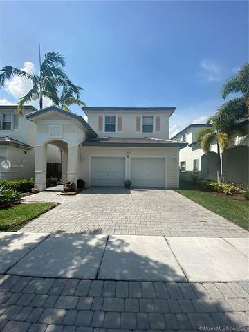 3647 NE 2nd Ct, Homestead, FL 33033 (MLS #A10867381) :: The Riley Smith Group