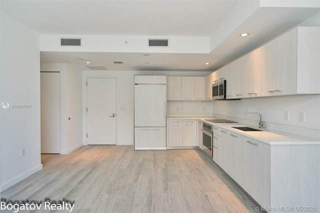 55 SW 9th St #2707, Miami, FL 33130 (MLS #A10867407) :: The Riley Smith Group