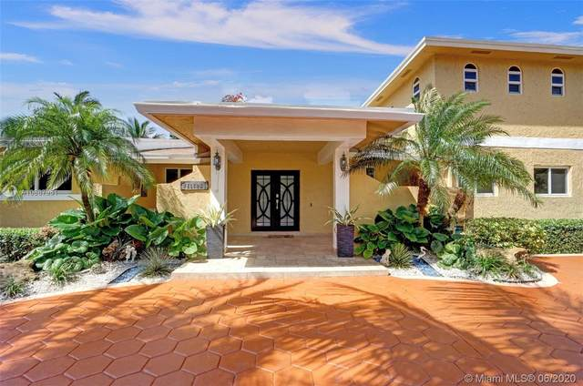 8850 SW 172nd St, Palmetto Bay, FL 33157 (MLS #A10867951) :: United Realty Group