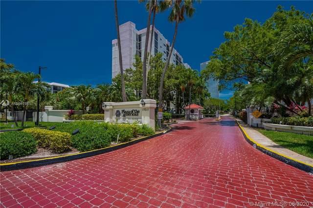 17021 N Bay Rd #812, Sunny Isles Beach, FL 33160 (MLS #A10867981) :: United Realty Group
