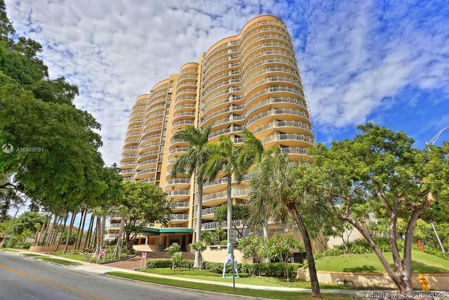 2843 S Bayshore Dr P4a, Coconut Grove, FL 33133 (MLS #A10868091) :: The Rose Harris Group