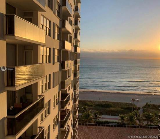 6039 Collins Ave #1210, Miami Beach, FL 33140 (MLS #A10868611) :: Laurie Finkelstein Reader Team