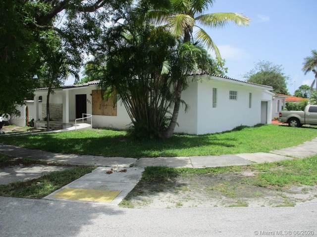 251 NW 40th Ave, Miami, FL 33126 (MLS #A10869033) :: Carole Smith Real Estate Team