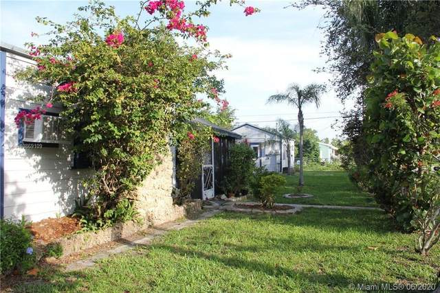 2246 Liberty St, Hollywood, FL 33020 (MLS #A10869109) :: The Teri Arbogast Team at Keller Williams Partners SW