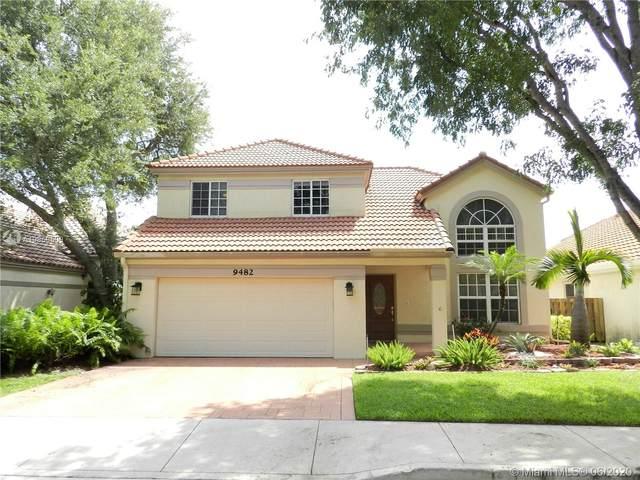 9482 Oak Grove Cir, Davie, FL 33328 (MLS #A10869509) :: The Paiz Group