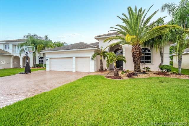 6883 SW 194th Ave, Pembroke Pines, FL 33332 (#A10870177) :: Real Estate Authority