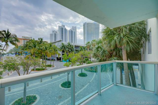 19370 Collins Ave #205, Sunny Isles Beach, FL 33160 (MLS #A10870399) :: The Riley Smith Group