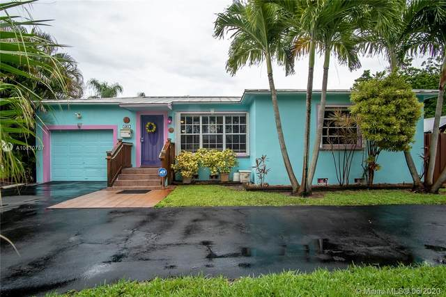 401 S 26th Ave, Hollywood, FL 33020 (MLS #A10870757) :: Laurie Finkelstein Reader Team