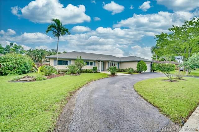 1960 SW 68th Ave, Plantation, FL 33317 (MLS #A10870808) :: GK Realty Group LLC