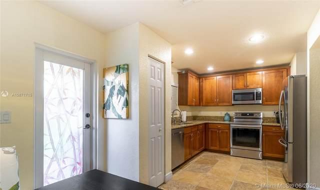 5902 London Lane #5902, Tamarac, FL 33321 (MLS #A10871715) :: Castelli Real Estate Services