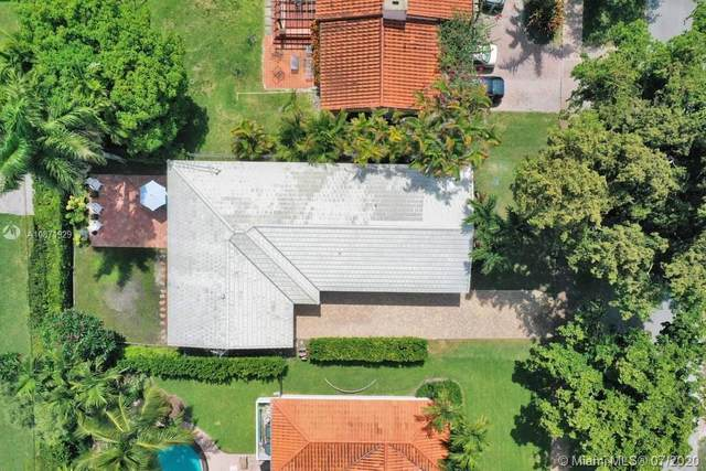 427 Bargello Ave, Coral Gables, FL 33146 (MLS #A10871929) :: The Riley Smith Group