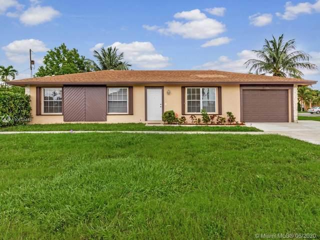 238 SW 8th St, Boynton Beach, FL 33426 (MLS #A10873444) :: Berkshire Hathaway HomeServices EWM Realty