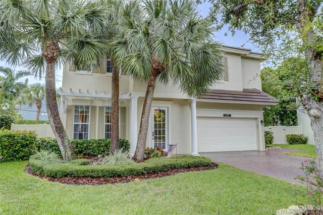 2016 SW 16th Ter, Fort Lauderdale, FL 33315 (MLS #A10873874) :: The Howland Group